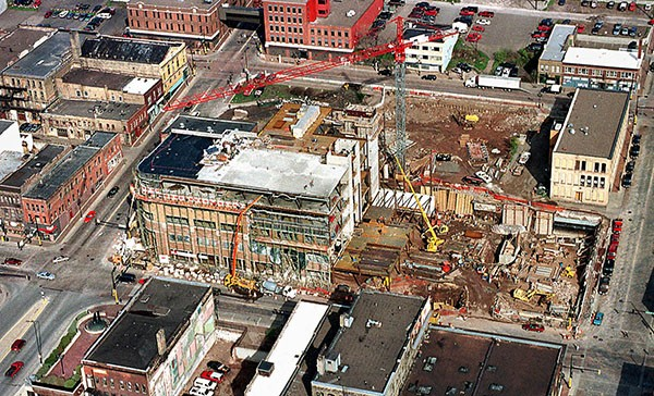 curtissoftcenter   charles curtis  t05.13.99   An aerial view of the Soft Center Duluth project under construction on Superior Street between Lake Avenue and First Avenue East. The $33 million development is the most visible of a series of renewal efforts under way or planned in the city's Old Downtown.