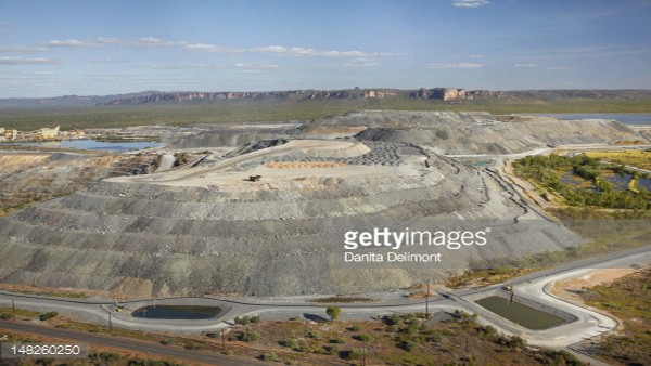 mining_stock_pile_aerial_image600-1